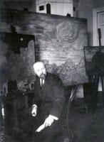 Н.К. Рерих в своей мастерской. Начало 1910-х г.
