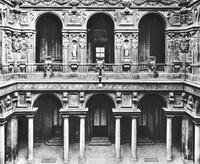 Двор дворца Марино (Г. Алесси, Милан)