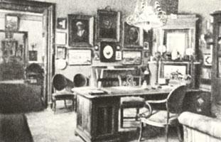 Кабинет Николая Леонтьевича Бенуа в доме на Никольской улице. Конец XIX в.